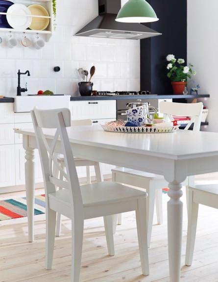 איקאה סייל -  כיסא ושולחן