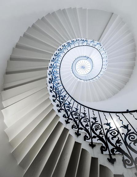 מדרגות ספירלה (צילום: Iain Blake)