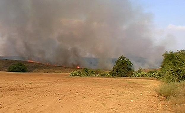 שריפה בשדרות, נפילת רקטה (צילום: חדשות 2)