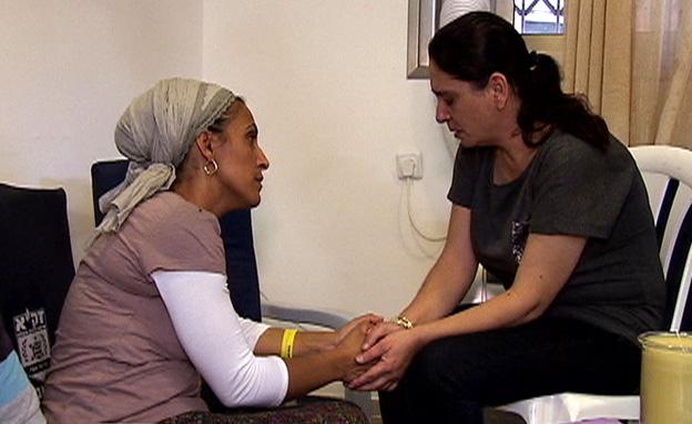 אמהותיהם של אייל ושלי (צילום: חדשות 2)