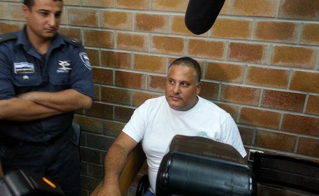 חסן במהלך דיון בבית המשפט (צילום: חדשות 2)