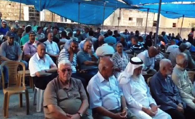 סוכת האבלים של משפחת אבו ח'דיר, השבוע (צילום: משה מזרחי)