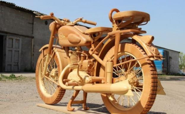 אופנוע מעץ