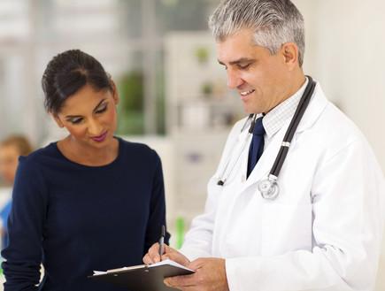 רופא וחולה (צילום: אימג'בנק / Thinkstock)