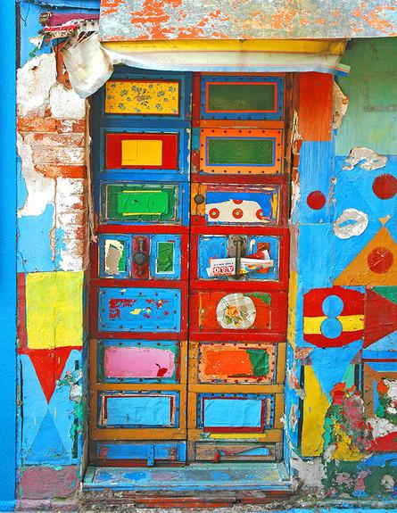 דלתות, צילום John C. Hutchins