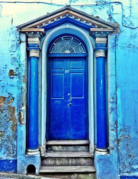 דלתות, אנגליה, צילום Maree Turner