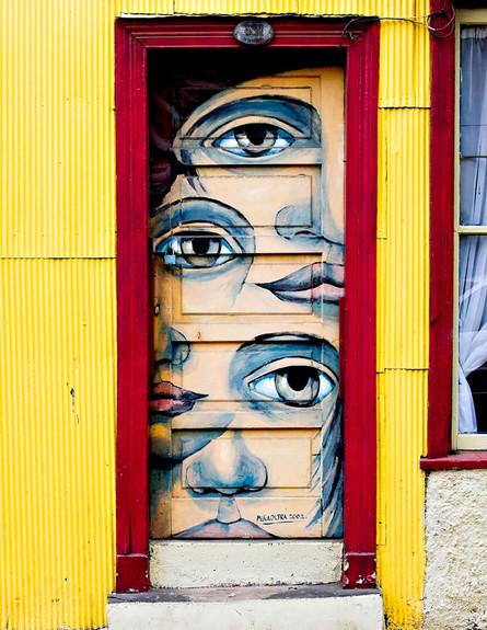 דלתות, ולפרסיו צילה, צילום Byron Ellis
