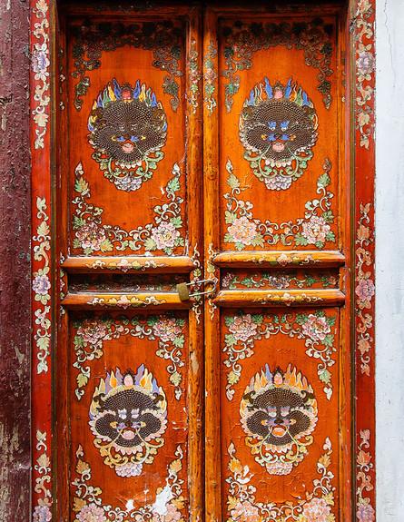 דלתות, שנחאי, צילום Sean Maynard