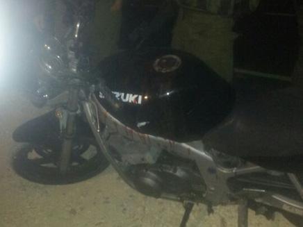 האופנוע מגואל בדם
