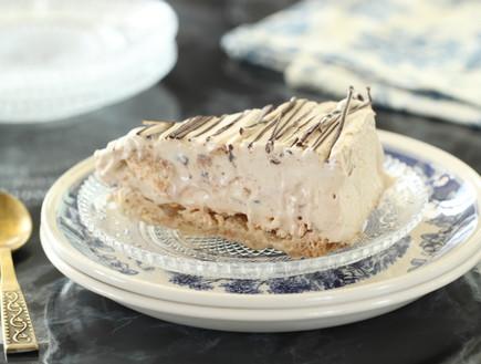 עוגת מוקה, שוקולד ומרנג קפואה (צילום: חן שוקרון, אוכל טוב)