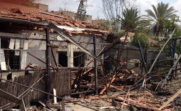 הנזק לבית ביהוד (צילום: דוברות עיריית יהוד)