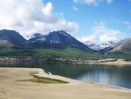 אגם אובס נור במונגוליה