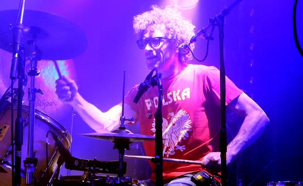 ירמי קפלן במופע של זאב טנא (צילום: אורית פניני)