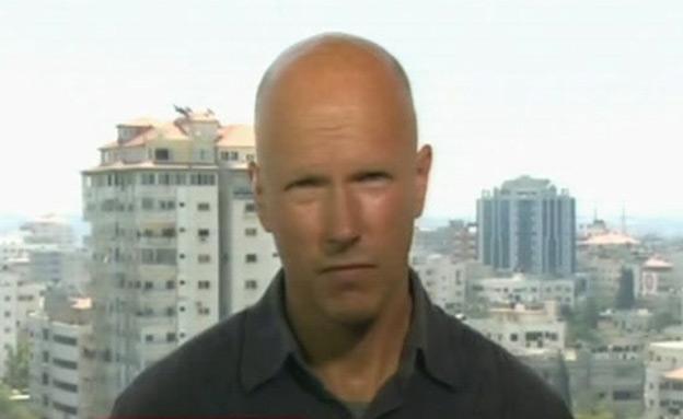 קארל פנהאל , רגע לפני הפיצוץ (צילום: cnn)