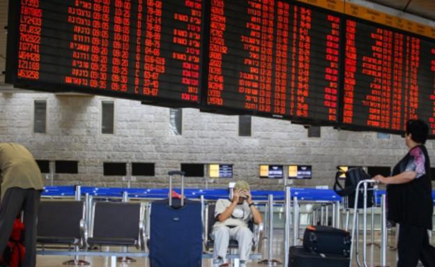 לוח טיסות בן גוריון (צילום: אבישג שאר-ישוב)