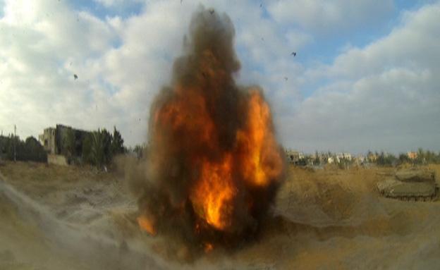 """צפו בפיצוץ המנהרה (צילום: דובר צה""""ל)"""