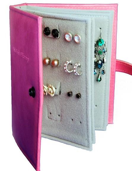 אחסון תכשיטים, 04 ספר לאחסון עגילים (צילום: not a jewlery box)