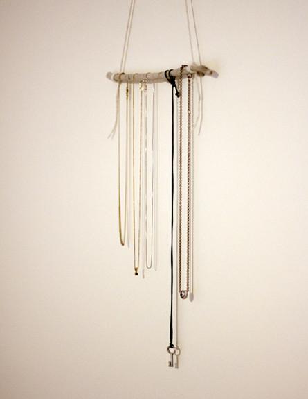 אחסון תכשיטים, גובה, 15 ענף עץ פשוט ומינימליסטי  (צילום: rooms plus kitchen)