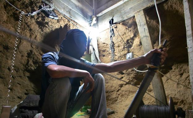מנהרת תקיפה ברצועת עזה (צילום: Getty Images, GettyImages IL)