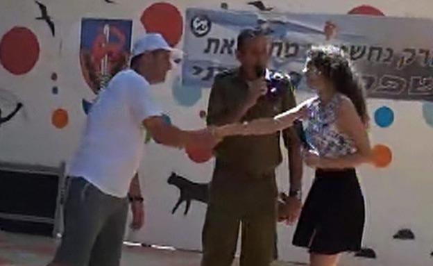 """צפו: כך הוכיח מח""""ט גבעתי שהוא נגד הדרת נשים (צילום: חדשות 2)"""