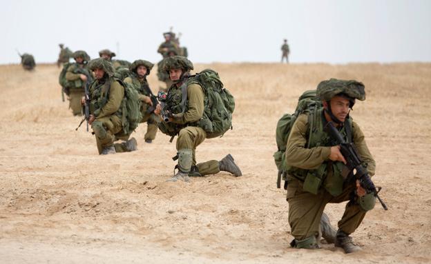 """""""לעמוד בתוקף על צרכי הביטחון"""" (צילום: AP)"""