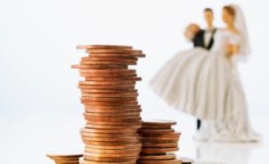 חתונה, כסף (צילום: Fuse, Thinkstock)