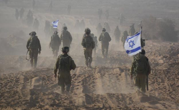 """חיילים יוצאים מצוק איתן (צילום: דובר צה""""ל)"""