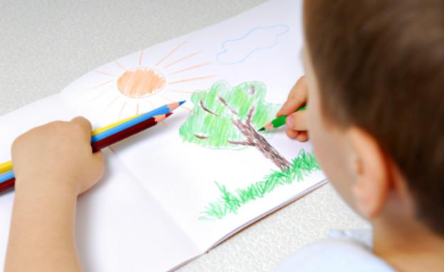 ציור של עץ עם שמש (צילום: istockphoto)