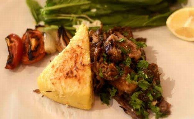 פולנטה עם פאלדה טלה, מסעדת שמונה (צילום: בן קלמר,  יחסי ציבור )