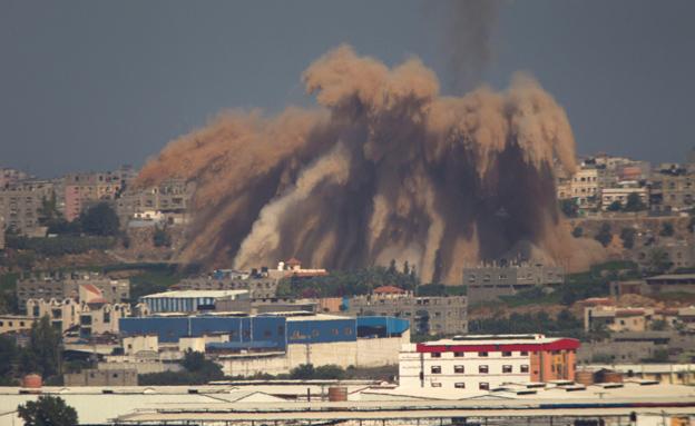 תקיפה בעזה, פיצוץ (צילום: חדשות 2)