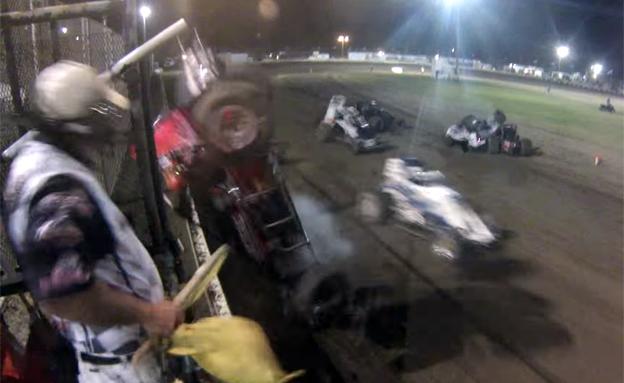 התנגשות מירוץ מכוניות (צילום: חדשות 2)