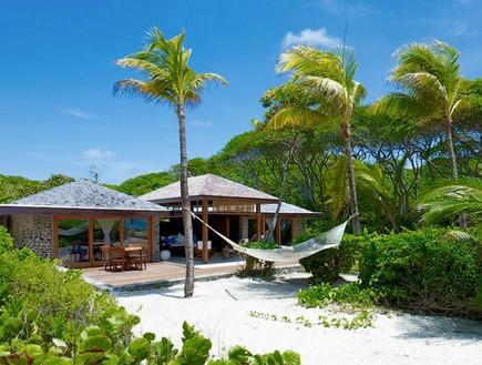 אתרי נופש באיים פרטיים (צילום: petitstvincent.com)