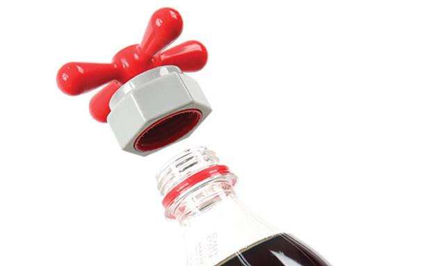 החמישייה 8.9, פותחן בקבוקים (צילום: indiegogo)
