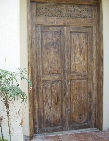 דלתות, דלת מפירוק של דרך המשי