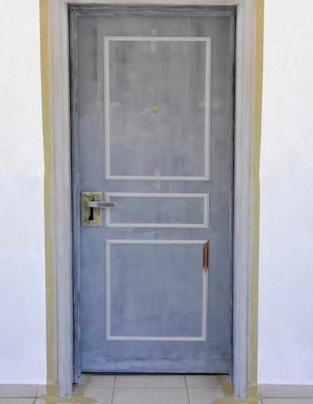דלתות, קרניזים מודבקים