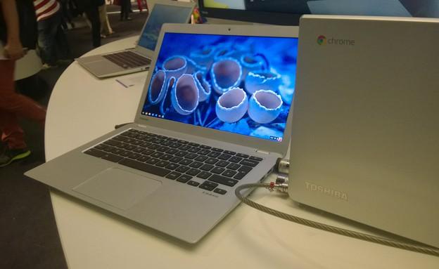 מחשב אישי טושיבה (צילום: יאיר מור, ברלין)