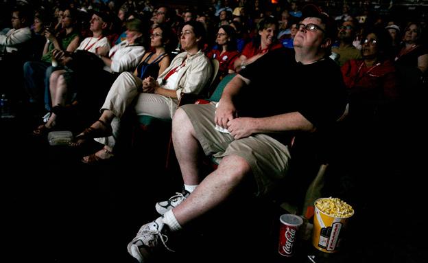 יוזמה חדשה: קולנוע לעיוורים (צילום: רויטרס)