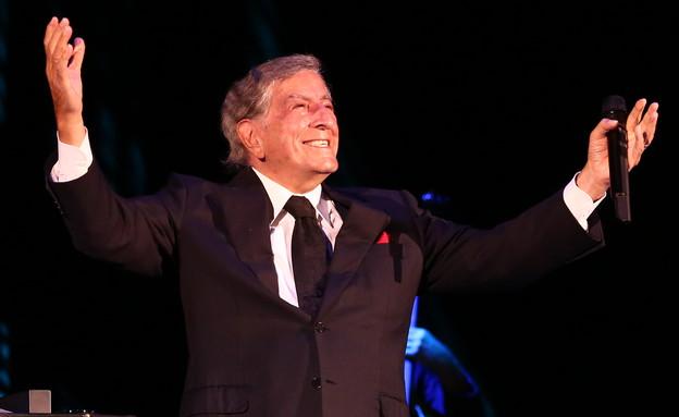 טוני בנט בהופעה (צילום: אורית פניני)
