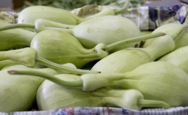 סיור נצרת חנות ירקות קרע קישוא (צילום: נמרוד סונדרס, אוכל טוב)
