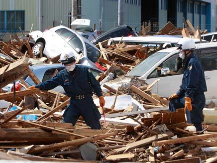 הרס רב ייגרם. הנזק האדיר ביפן (צילום: AP)