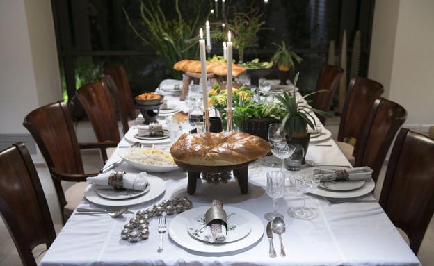 הקידוש שלנו, מסרט, שולחן ערוך (2) (צילום: נמרוד סונדרס)