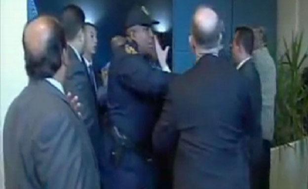 צפו: המאבטחים התעמתו בכניסה לעצרת בניו יורק