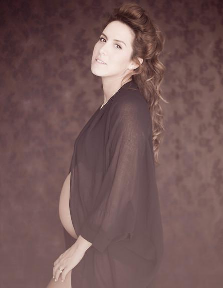 צילומי היריון שי-לי שינדלר (צילום: נועה אייזנשטט, מערכת מאקו הורים)