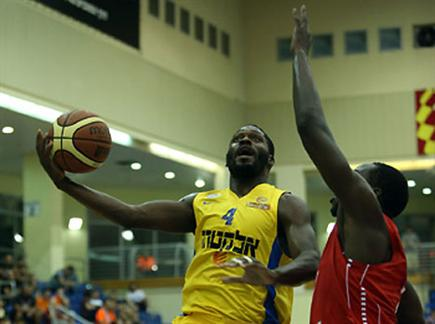 ענף הכדורסל ישלם את המחיר או הזדמנות לישראלים? (צילום: ספורט 5)