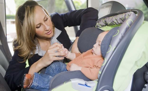 אמא, תינוק, סלקל, אוטו, מכונית, רכב, נסיעה (צילום: Jupiterimages, GettyImages IL)