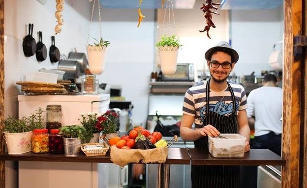 אוסמה דלאל, מסעדת דלאל (צילום: דרור ארצי,  יחסי ציבור )