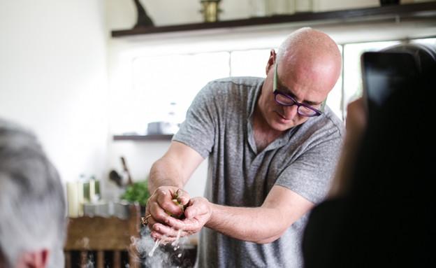 ארז קומורבסקי סדנת בישול גלילית (צילום: נעה מגר)