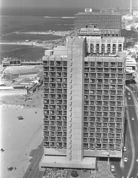 מלון רמאדה קונטיננטל בתל אביב 21.01.1980