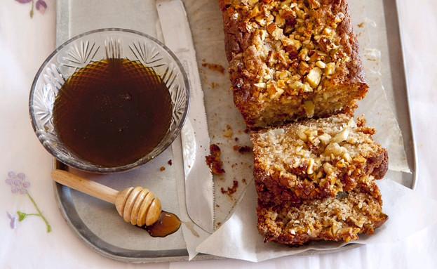 עוגת תפוחים וסילאן (צילום: יוסי סליס, טעים וטוב, ידיעות ספרים)