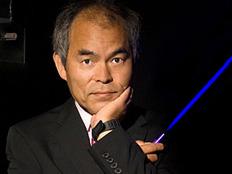 אחד מזוכי הפרס, שוזי נקאמורה (צילום: ויקיפדיה)